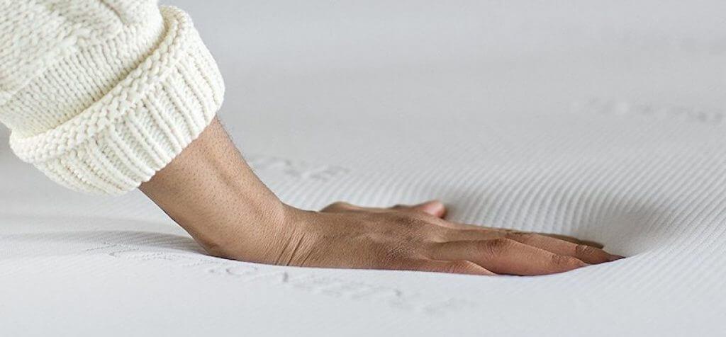 tuft and needle vs casper mattress review